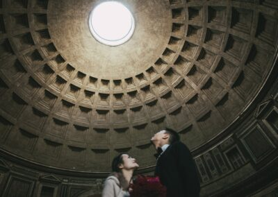 Pantheon : a place to visit in Rome.